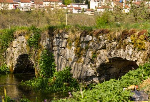 Мостови
